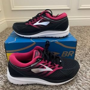 Brooks addiction 13 running shoes wide new
